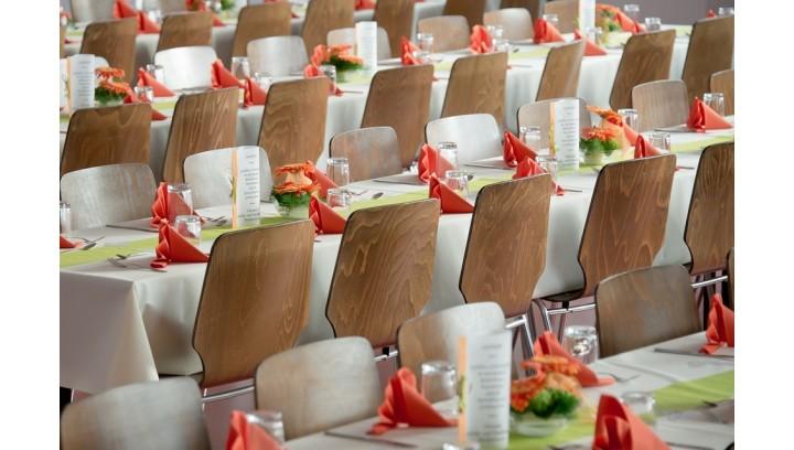 Jak przygotować salę weselną?