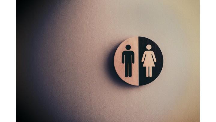 Aranżacja publicznej toalety z produktami Tork